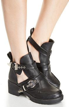Utility Cutout Buckle Boots in Black 5.5 - 10 | DAILYLOOK