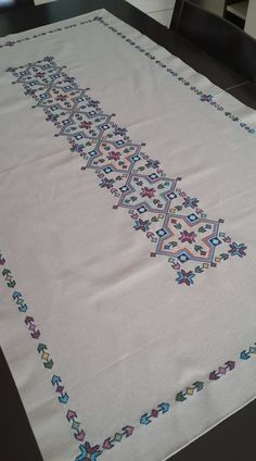 Hand embroidered table runner |