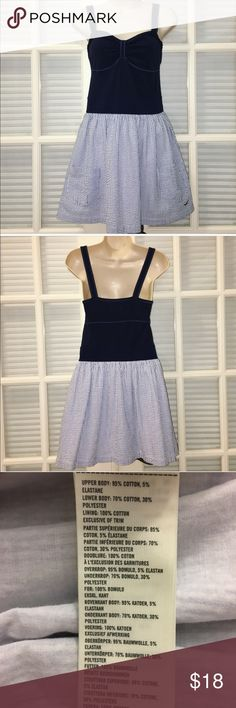 Sleeveless Dress with Pockets Who doesn't love a dress with pockets?  Upper Body:  95% Cotton  5% Elastane  Lower Body:  70% Cotton 30% Cotton Polyester  Lining:  100% Cotton Hollister Dresses