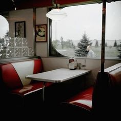 Image about vintage in Riverdale by Khedhi ️ on We Heart It The Raven, Rachel Amber, The Deal Elle Kennedy, Diner Aesthetic, Archie Andrews Aesthetic, Blue Sargent, Riverdale Archie, Riverdale Aesthetic, Maggie Stiefvater