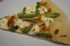 Honest And Truly!: Tasty Tuesday - Asparagus Goat Cheese Pizza