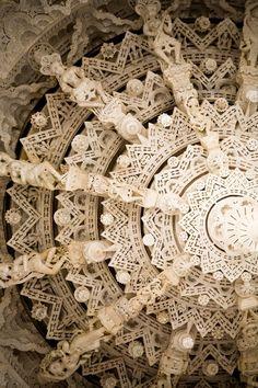Adinatha Temple, Ranakpur. Jain temple. Rajasthan, India. Indian Design and Wood Work Pattern