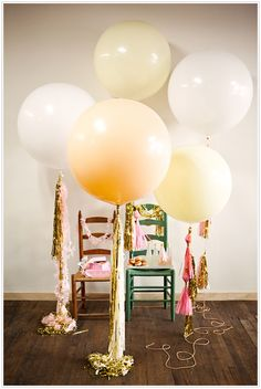 Large floor balloons with tassels