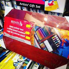 Just added to the SALE; Reeves Maxi Colour box £10 off  was £33 now only £23 - jam packed with pencils, paint, pastels and more. Lots of other sale items in the shop and new stuff added all the time #newyearsale #sale #lovelancaster