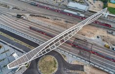 Tel-Aviv firms Bar Orian Architects and Rokach Ashkenazi Engineers have built a bridge in the Israeli city of Beersheba, featuring arches that create the shape of two eyes. Space Architecture, Amazing Architecture, Bridge Design, Arch Model, Pedestrian Bridge, Back Road, Civil Engineering, Urban Landscape, Walkway