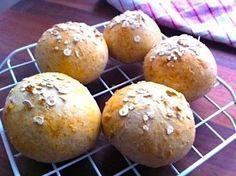 Tuoretta leipää! Pikasämpylät ilman hiivaa