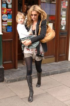 Chic New Moms: Notes on Style for the Duchess - Kate Moss