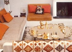 alexander girard's santa fe home - from alexander girard by by todd oldham, kiera coffee and alexander girard Alexander Girard, Santa Fe Home, Miller Homes, Floor Seating, Vintage Interiors, Eclectic Decor, Interior Design Living Room, Interior And Exterior, Designer