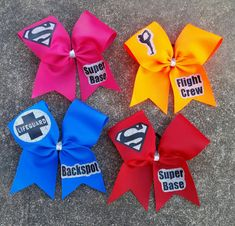 cheer quotes Cheer bows for your stunt group pick your by CurlyNoodleCreations Cute Cheer Bows, Cheer Hair Bows, Cheer Mom, Cute Cheer Gifts, Big Bows, Cheer Practice Outfits, Cheer Outfits, Cheerleading Gifts, Cheer Stunts