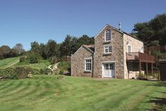 Handpicked by Classic Cottages, Nanpusker Pump House Is a superbly equipped 4 bedroom, rural holiday cottage near Hayle, West Cornwall. Linen And towels are provided. Places To Visit Uk, Pump House, West Cornwall, Cabin, Mansions, House Styles, Classic, Holiday, Cottages