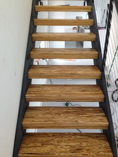 paralam lumber tread with steel stringer