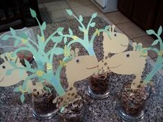 Giraffe themed party. Diy Party Decorations, Party Themes, Giraffe, Felt Giraffe, Giraffes