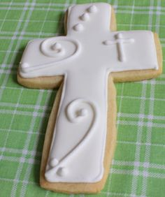first holy communion decoration ideas | put little crosses on some, dots and swirly lines on others, and ...