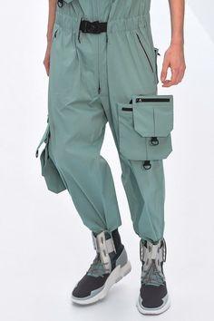 P I T T A L O Détails De Mode, Design De Mode, Pantalon, Pantalons,  Jordans, Collection 5d34d9173ad