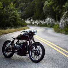 caferacerpasion:   BMW R75 5 Bobber by GT-Moto |...