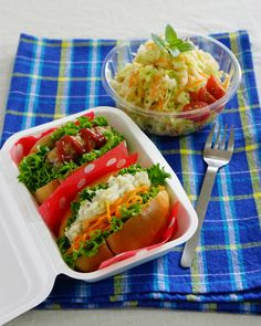 豚肉バーグ&ポテトサラダのバターロールサンド