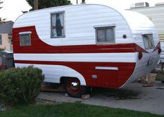 Vintage 1956 Garwood Cub Camper Travel Trailer Canned Ham tiny home retro Retro Caravan, Vintage Campers Trailers, Retro Campers, Vintage Caravans, Camper Trailers, Tiny Trailers, Rv Trailer, Trailer Remodel, Little Trailer