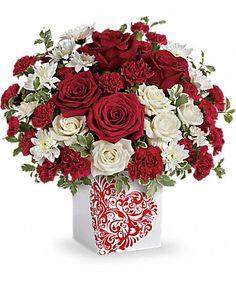 Teleflora's Best Friends Forever Bouquet - Teleflora  -  http://workmoneyfun.com/teleflora-flowers-gift-certificate-giveaway/
