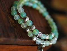 Check out this item in my Etsy shop https://www.etsy.com/listing/194376527/green-apple-agate-stone-6mm-mala