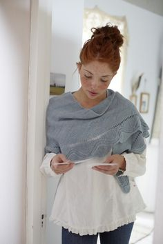 Charm Shawl - Loop Knit Lounge. (I love both the shawl and the shirt she's wearing.)