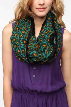 Staring at Stars Wanderer Eternity Scarf