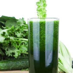 The Spicy Green Ginger - The Bikini Body Diet Super Slimdown - Shape Magazine Juice Drinks, Juice Smoothie, Smoothie Drinks, Healthy Drinks, Healthy Eating, Healthy Recipes, Healthy Foods, Bikini Body Diet, Kale Juice