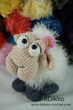 Shelly the Sheep – Amigurumi Crochet Pattern |
