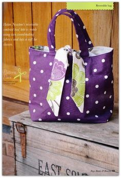 Sewing Bags Retro Reversible Tied Tote Bag from Lillyblossom Bag Patterns To Sew, Sewing Patterns, Tie Pillows, Sewing Crafts, Sewing Projects, Sewing Tutorials, Reversible Tote Bag, Sewing Equipment, Craft Accessories
