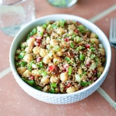 Bulgur Salad with Chickpeas, Pomegranate Seeds and Almonds is the perfect wholesome side dish! {recipe}