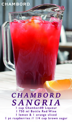 Chambord® Sangria - Cheers To The Host - Trend Cocktail Drinks 2019 Christmas Drinks, Holiday Drinks, Summer Drinks, Fun Drinks, Beverages, Red Sangria Recipes, Punch Recipes, Cocktail Recipes, Margarita Recipes