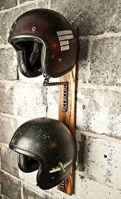 """Résultat de recherche d'images pour """"meuble rangement casque moto"""""""