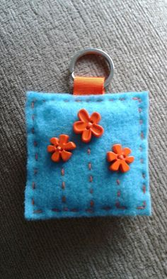 Felt and button keyring