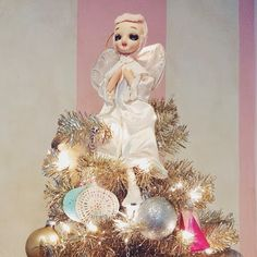 Everyday is a Holiday blog / vintage pink haired angel tree topper