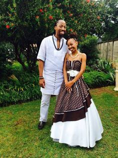 Tswana Traditional Wedding Attire For Couples 2017 Images, Photos are shared you as you can get the Tswana Traditional Wedding Attire For Couples in different color and style pattern from here. African Wedding Attire, African Attire, African Wear, African Women, African Traditional Wedding Dress, Traditional Wedding Attire, Traditional Outfits, African Print Dresses, African Fashion Dresses
