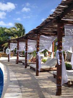 Valentin Imperial Maya Bali beds at #Mainpool