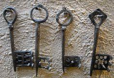 Viking keys found in Novgorod
