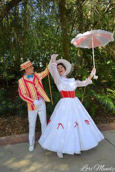 Mary Poppins and Bert - disneylori