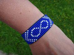 Native American Beaded Bracelet. Canadian Metis flag. Seed Native Beading Patterns, Beadwork Designs, Native Beadwork, Seed Bead Patterns, Native American Beadwork, Beaded Jewelry Patterns, Beaded Lanyards, Bead Loom Bracelets, Loom Beading