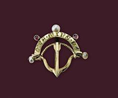 Brooch shaped like a bow and arrow