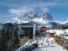 Το ορεινό χωριό της βόρειας Ιταλίας σε περιμένει για χειμερινές εκδρομές, παραδοσιακό φαγητό και χιονοδρομίες. Από την Αργυρώ Ντόκα
