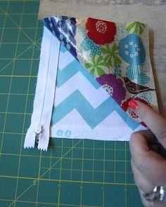 Oh. THAT Annelie...: DIY Project: Waterproof Bikini Bag Tutorial