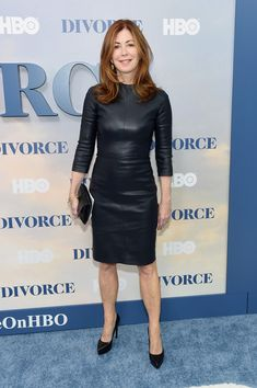 Dana Delany Ballet Flats - Dana Delany completed her ensemble with cute silver ballet flats.