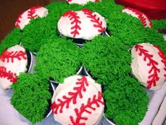 Baseball Cupcake Bouquet Cupcake bouquet with baseballs and grass covered cupcakes. Cupcake Flower Bouquets, Flower Cupcakes, Fun Cupcakes, Pinterest Cupcakes, Baseball Cupcakes, Bouquet Images, Love Cake, Amazing Cakes, Party Time