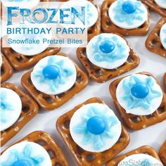 We made these Snowflake Pretzel Bites for a Disney Frozen Birthday Party and these sweet and salty treats were a popular addition to our dessert table. Disney Frozen Birthday, Frozen Birthday Party, 4th Birthday Parties, Birthday Fun, Birthday Ideas, Olaf Party, Birthday Activities, Turtle Birthday, Turtle Party