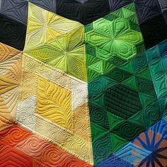 Gravity Quilt - Custom Machine Quilting by Natalia Bonner | Piece N Quilt | Bloglovin'