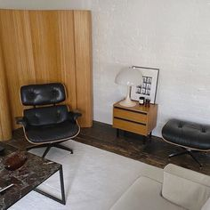 The Eames Lounge Chair - This has been my dream chair since I was little and I can't believe it's actually standing in our living room now. Eames, Modern Interior, Interior Architecture, Interior Design, Arne Jacobsen, Lounge, Industrial Design Furniture, Living Spaces, Living Room