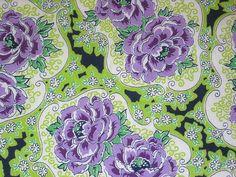 purple roses (Niesz Vintage Fabric)