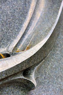 SEPULTURA DE ERNEST CAILLAT  Cementerio Père Lachaise. París 20º (Francia)