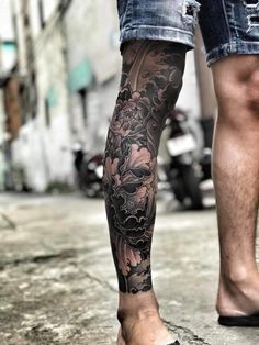 Full Leg Tattoos, Leg Tattoo Men, Calf Tattoo, Arm Tattoos For Guys, Japanese Leg Tattoo, Japanese Legs, Japanese Sleeve Tattoos, Koi Tattoo Sleeve, Tattoo Tradicional