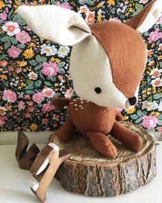 """@mamajuguete on Instagram: """"Nuevo!!! Ciervo bebé de algodón bordado.  Es mi animal favorito así q fue muy difícil quedar contenta con el resultado. Igual dentro de…"""" Dinosaur Stuffed Animal, Teddy Bear, Toys, Animals, Instagram, Deer, Needlepoint, Bebe, Activity Toys"""